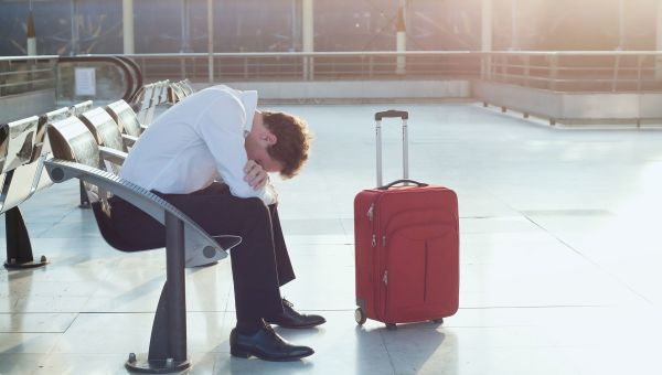 The Insider's Guide to Healthy Hawaii: What Causes Jet Lag—Plus 7 Ways to Avoid It
