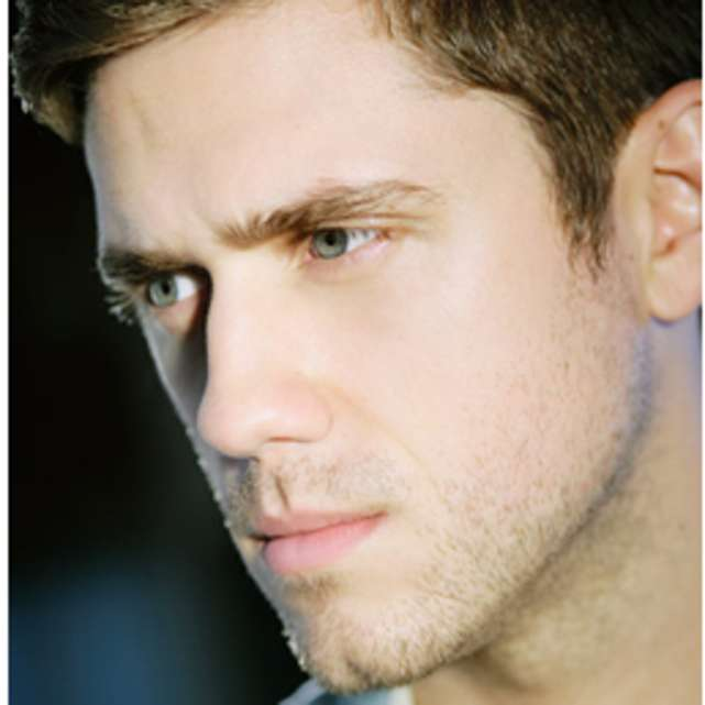 An Evening of song with Aaron Tveit