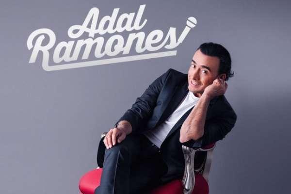 Adal Ramones en el Arena Theatre