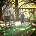 family-mini-golf
