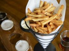 Cafe burge Fries