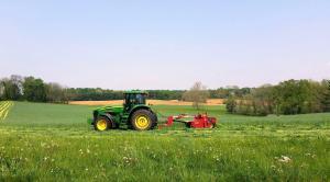 Spring Hay bales-001