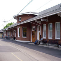 Eugene Train Station, Downtown Eugene, Oregon, Transportation