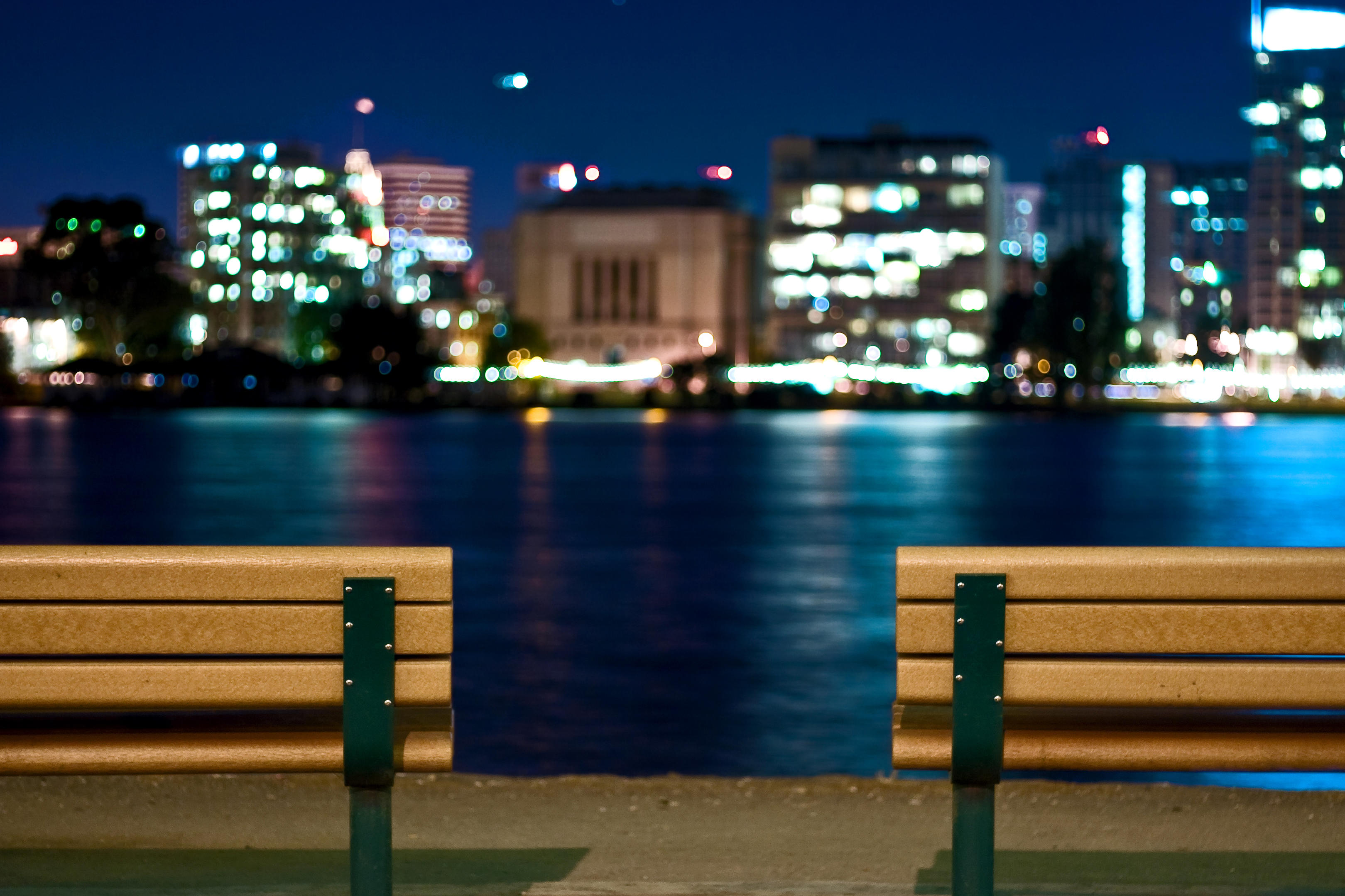 Lake Merritt_Bench_Photo by Natausha Greenblott