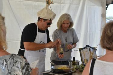 garlic fest cooking demo