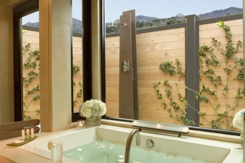 Bardessono Bath