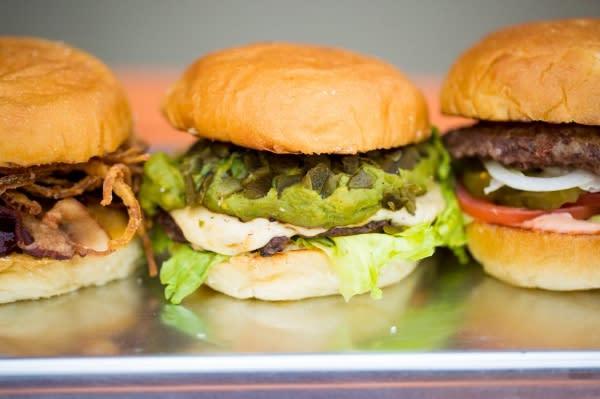 CHOM Burger