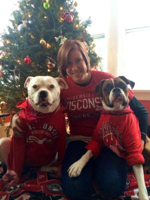 Wisconsin fan Stefanie Gliniany showed her (and her dogs') fantensity and won her school's side of our our Outback Bowl VIP Experience contest.