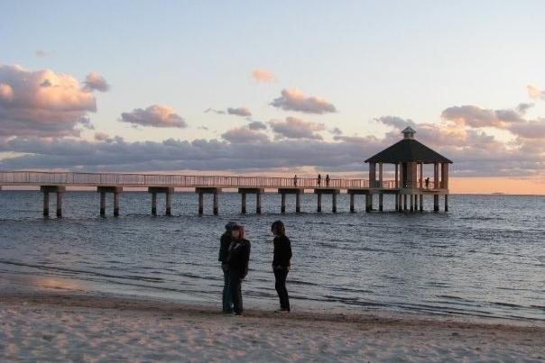 Walking the beach and fishing pier at Fontainebleau State Park