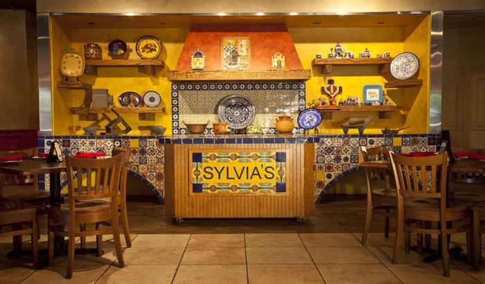 Sylvias dining room kitchen