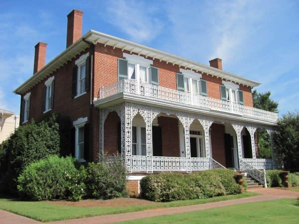 ware-lyndon house