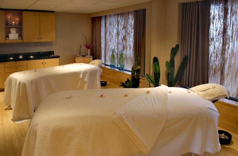 Newport Marriott Massage Room