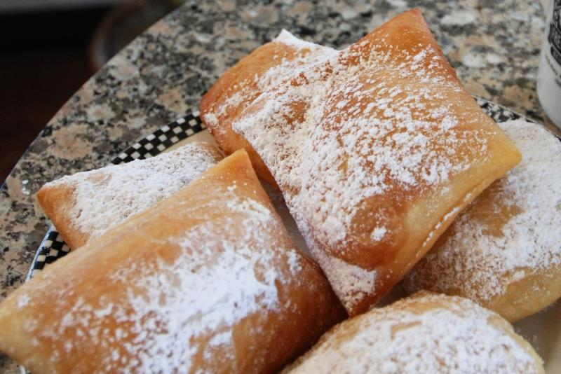 Coffee and Tea - Beignets