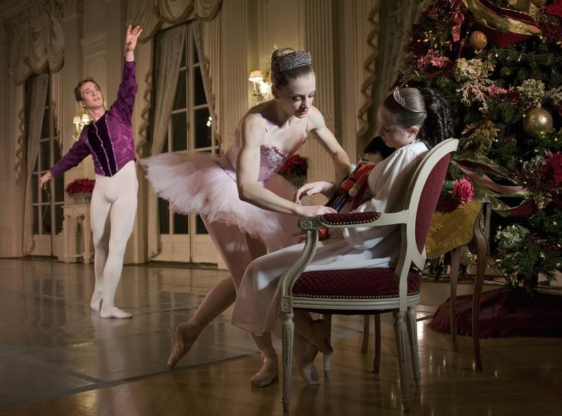 nutcracker-ballet2_credit-island-moving-company