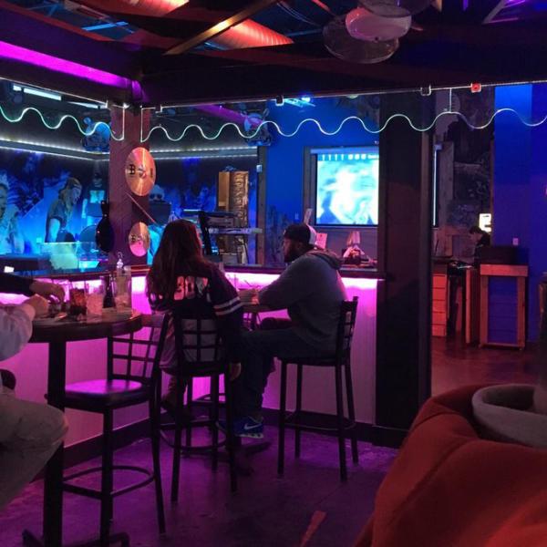 Rockin S Bar & Grill