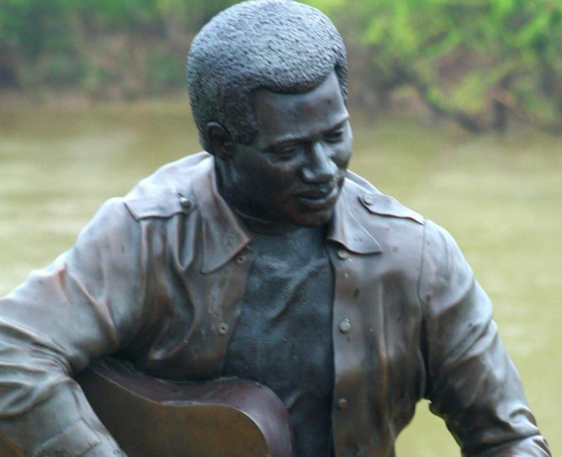 Otis Redding Statue