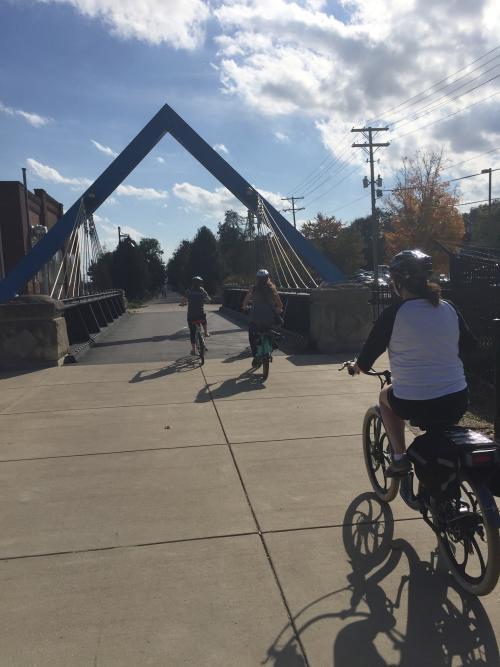 Electric bikes B-Line bridge