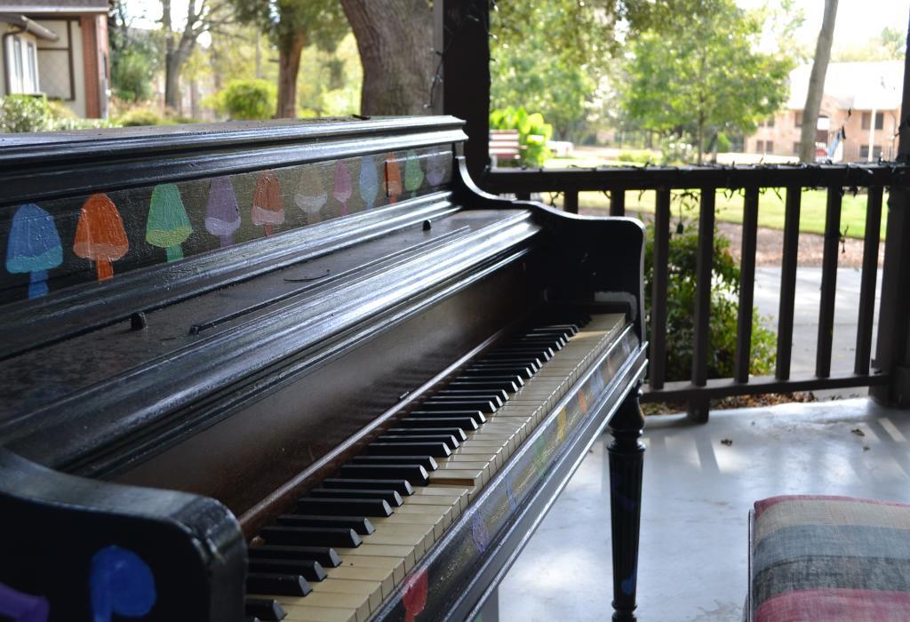 Painted Piano at Big House