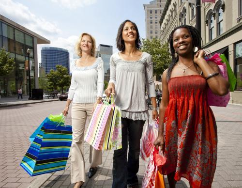 Women Shopping in Downtown Grand Rapids