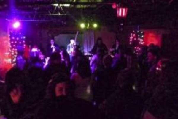 The Alley Kat Bar: Karaoke