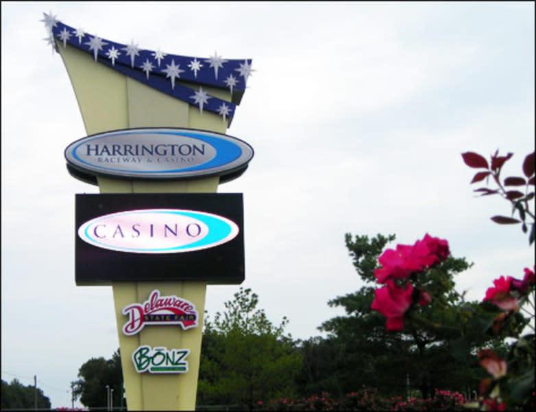 Harringtons raceway and casino casinos free money bonus