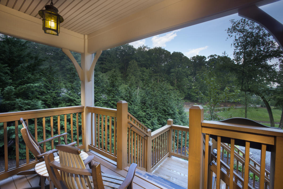 Asheville nc places to stay hotels resorts cabins autos post for Places to stay in asheville nc cabins