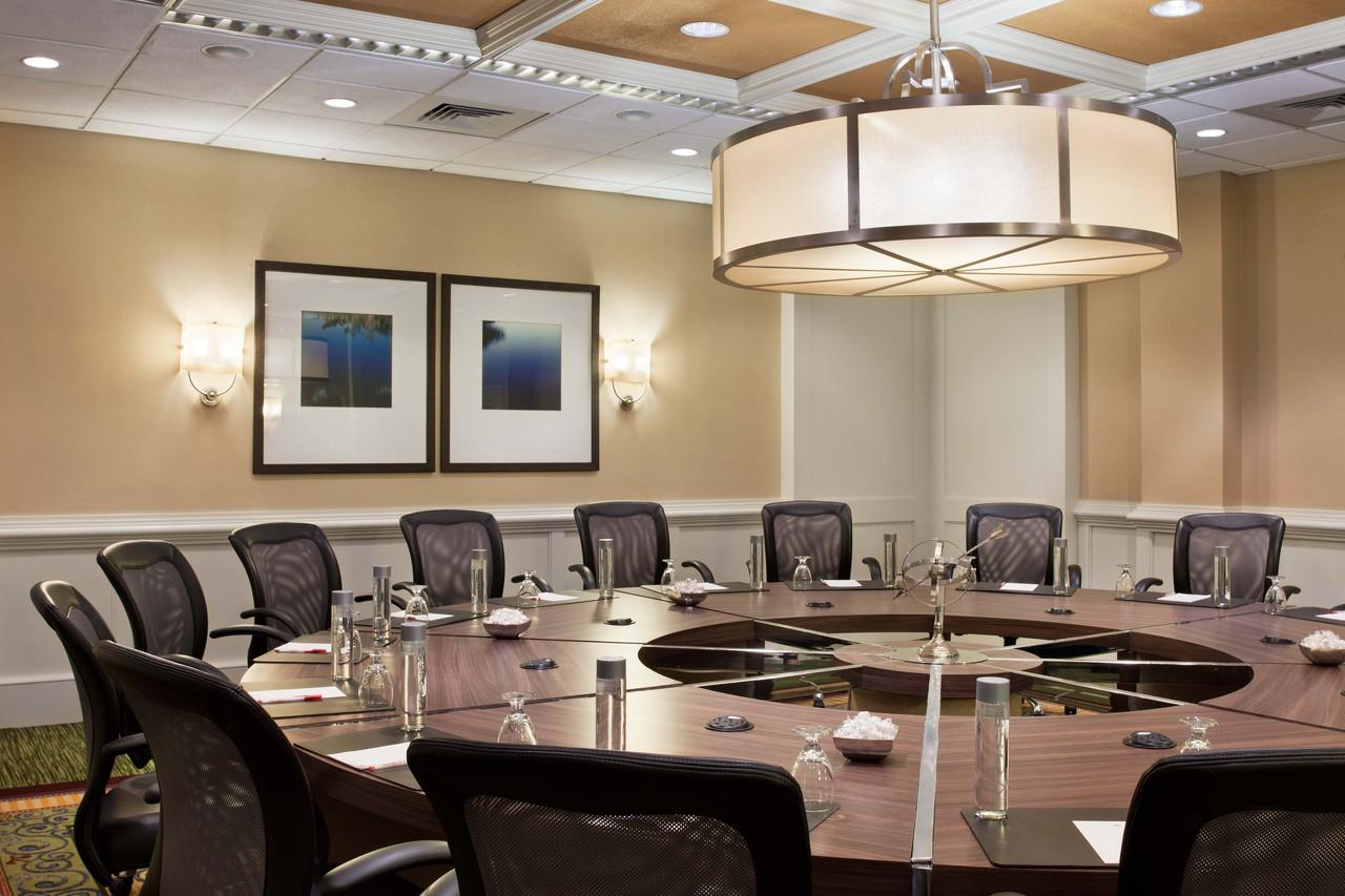 Take your meeting to the next level at Tampa Airport Marriott