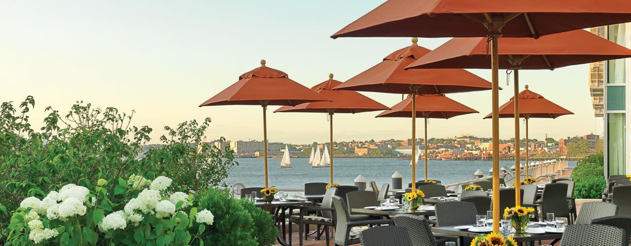 Aragosta Bar and Bistro - Battery Wharf Hotel, Boston Waterfront