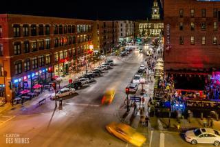 Downtown Des Moines Court Avenue