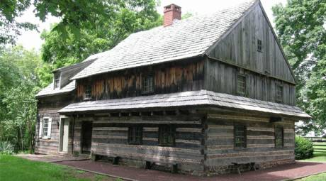 MORGAN LOG HOUSE