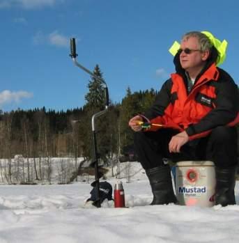 Ice fishing in Gjøvik