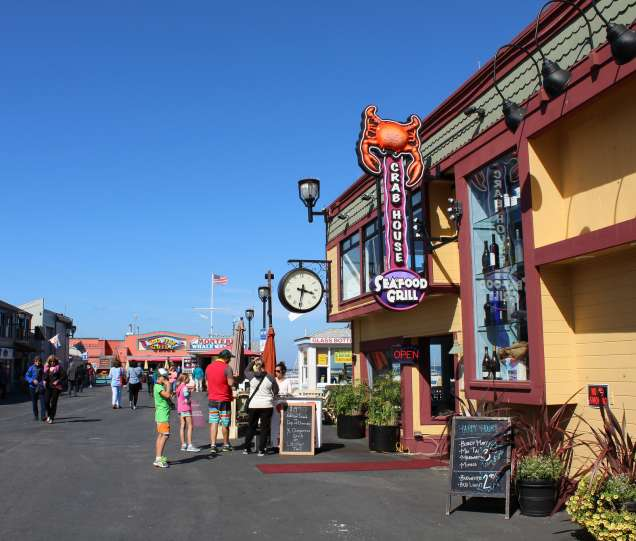 Monterey bay wharf restaurants rather valuable