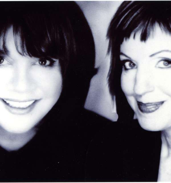 Anne Savoy with Linda Ronstadt