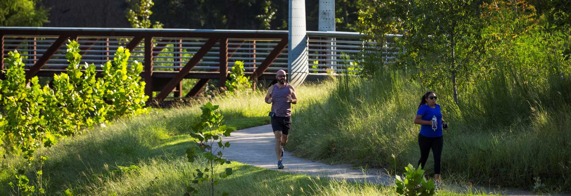 Runners on Buffalo Bayou