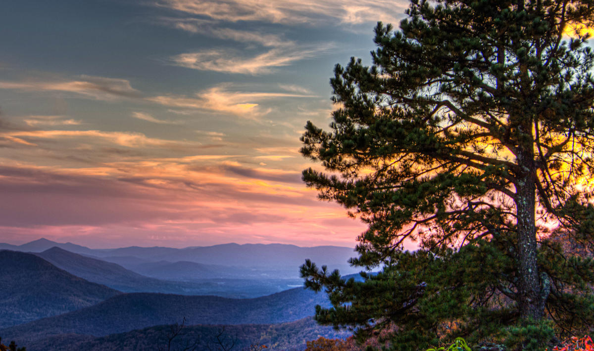 7 Iconic Overlooks On The Blue Ridge Parkway In Virginia S