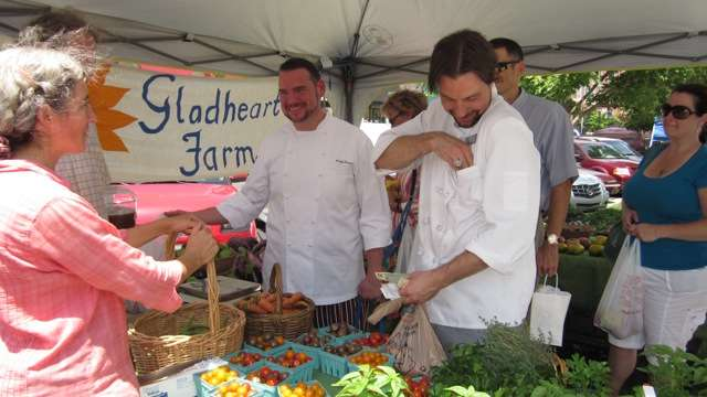 Foodtopian Spotlight: Roux Serves Up Farm Fresh Bounty