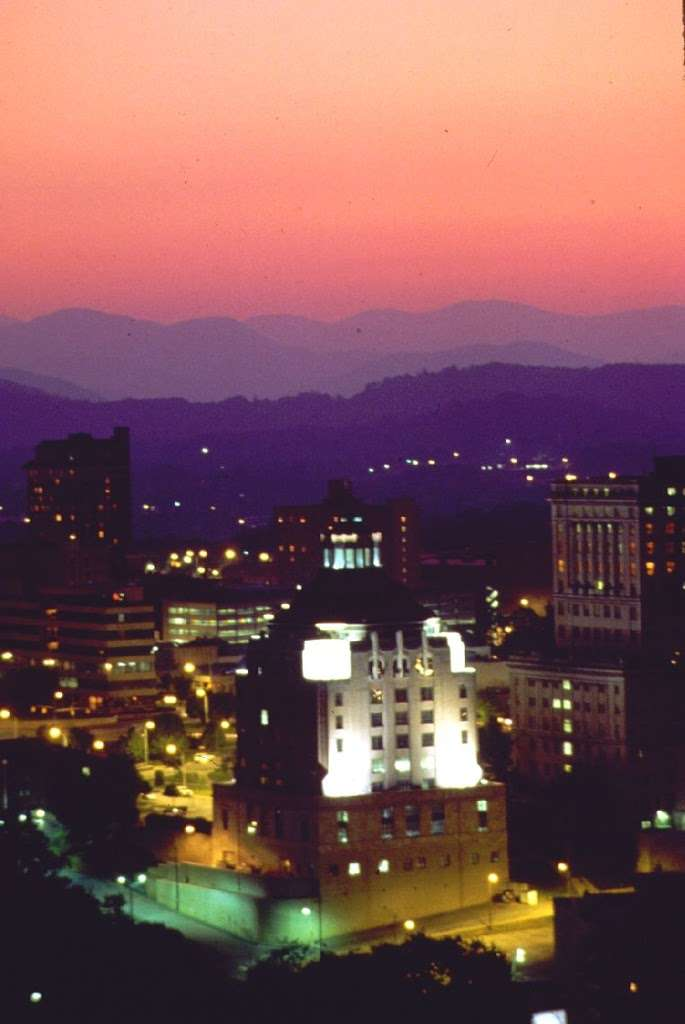 New Non-stop Flight from LaGuardia to Asheville Added