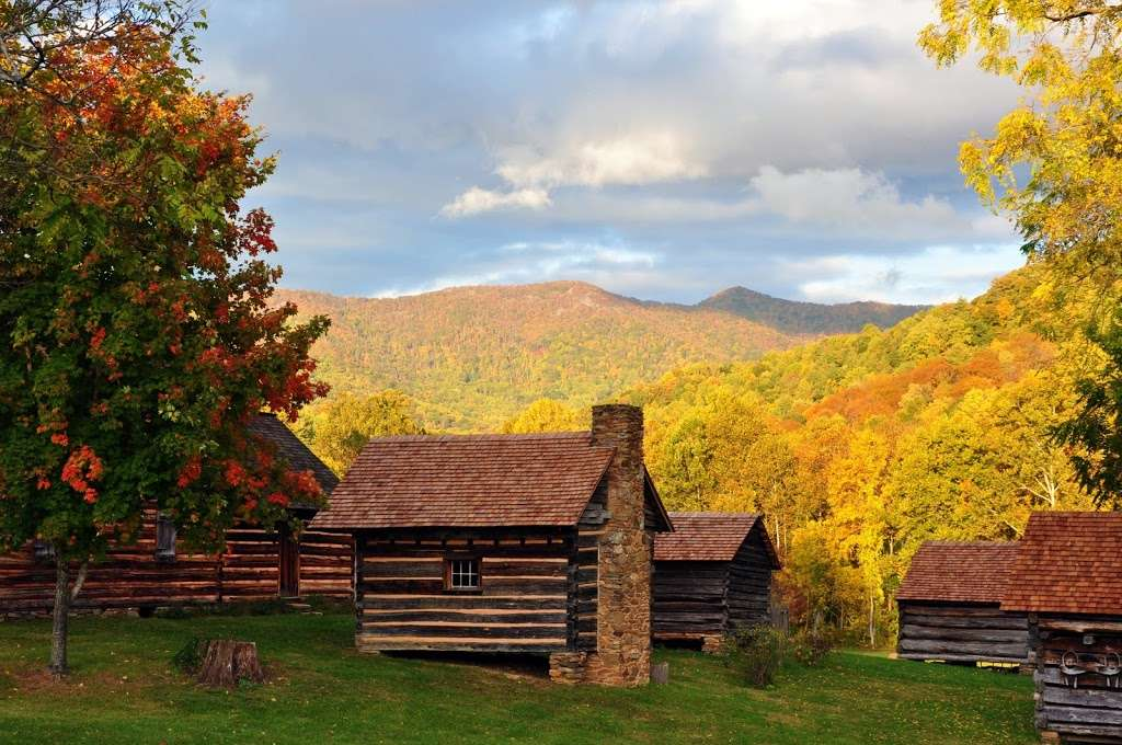Fall Color Experts Agree: It Doesn't Get Better Than This