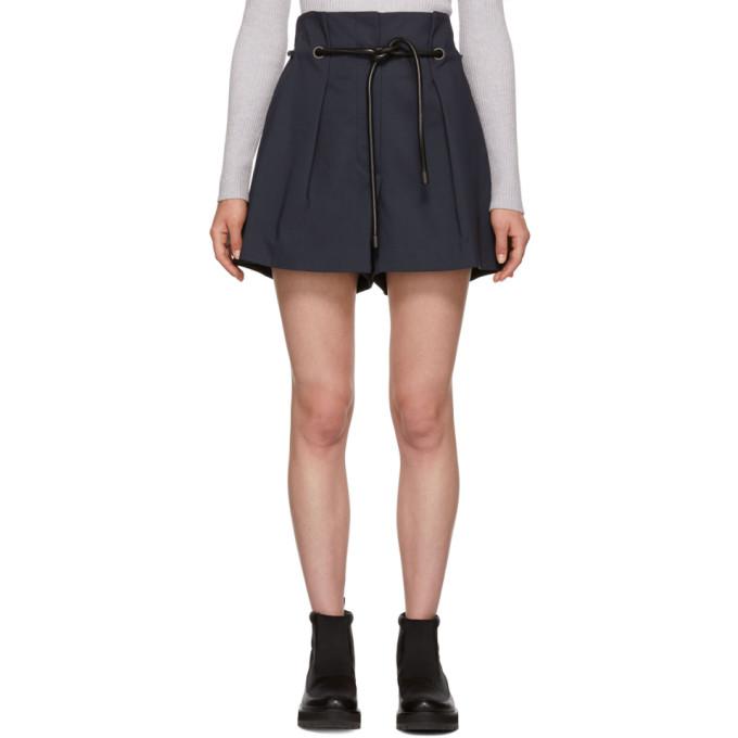 Origami Pleated Shorts in Mi401 Midni