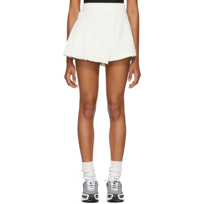 SHUSHU/TONG SSENSE EXCLUSIVE WHITE PLEATS SKORT