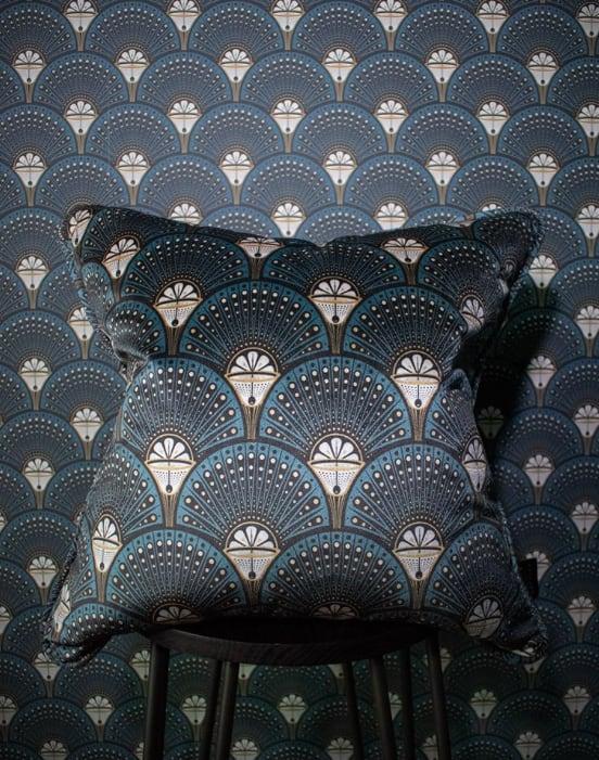 Deco Martini Velvet Cushion