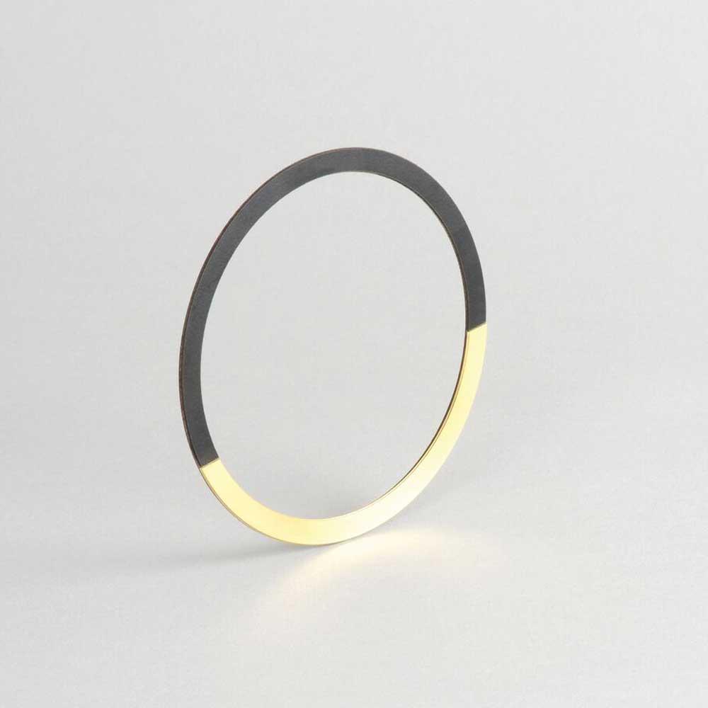Tom Pigeon  Form Circle Midnight & Brass Bangle