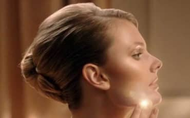 Estée Lauder Double Wear Light Makeup Commercial