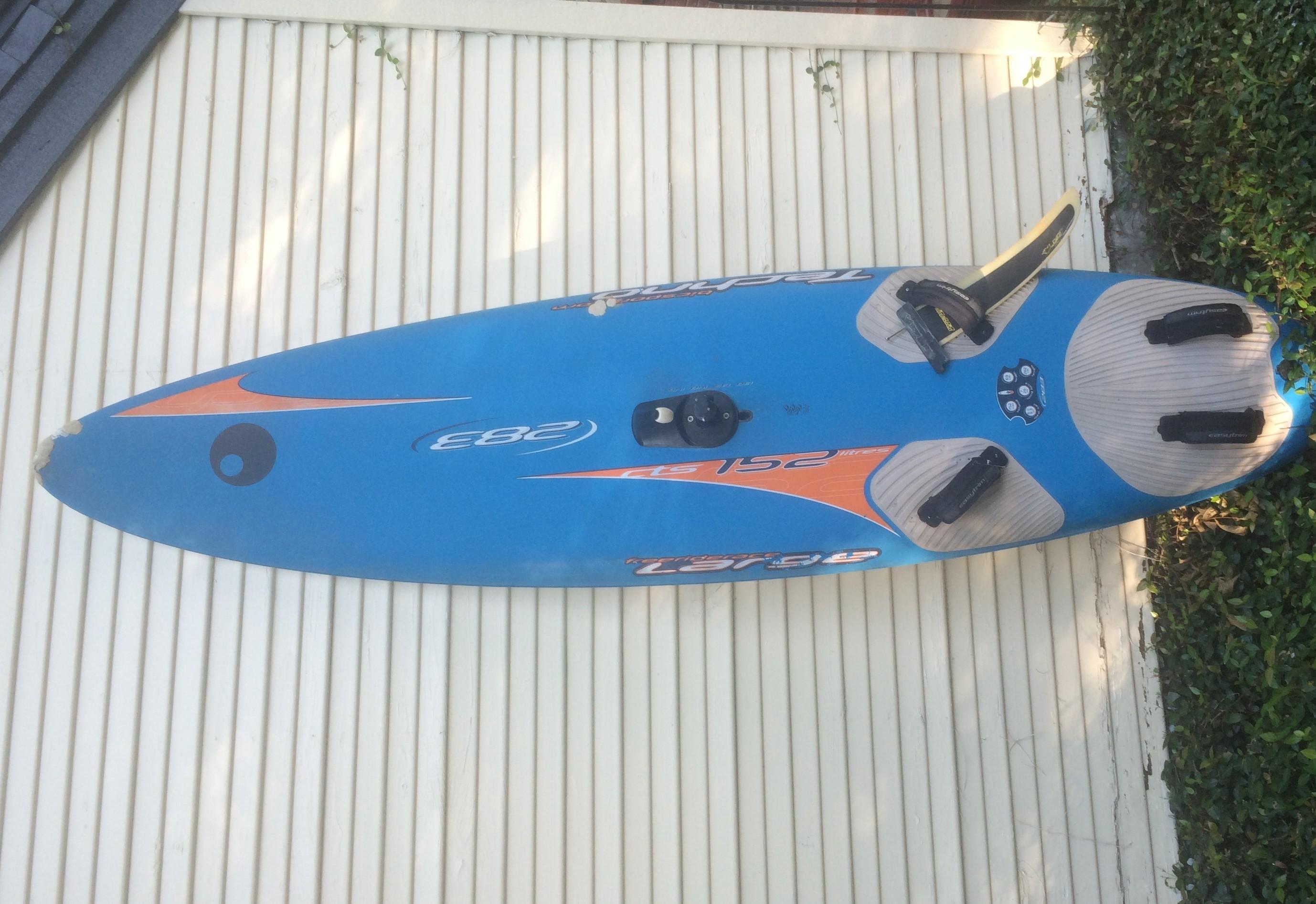 Bic 283 Winsurfing Board