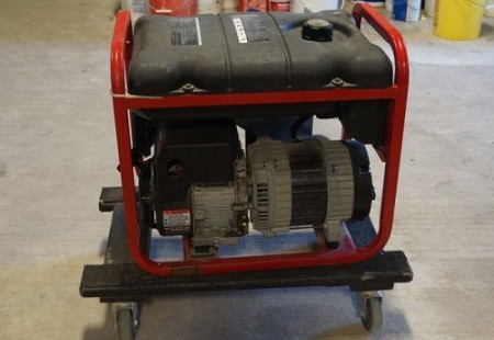 3,550 Running Watts Portable Generator
