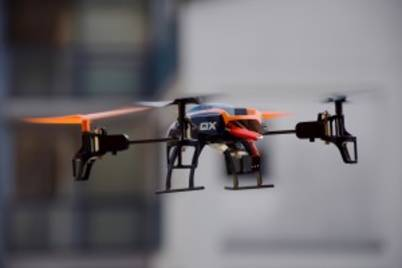 Drone 674238 1920 300x200