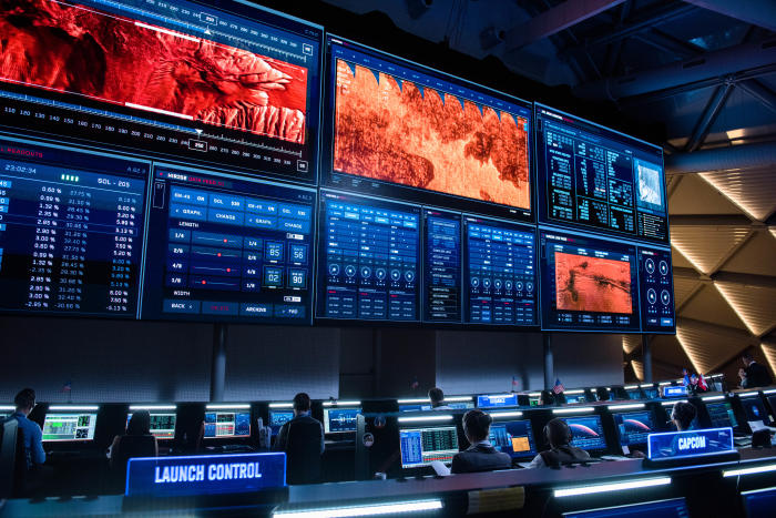 NASA control centre, just like the real thing? Image courtesy 20th Century Fox.