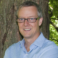 Associate Professor Neil Craik