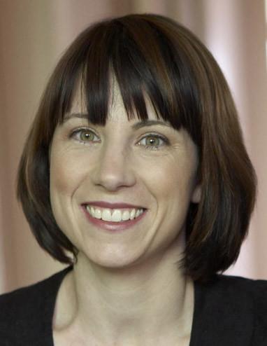 Dr Lisa Gorton