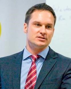 Dr Ben Hillman